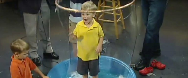 Giant Bubble Experiment | Science Experiments | Steve Spangler Science