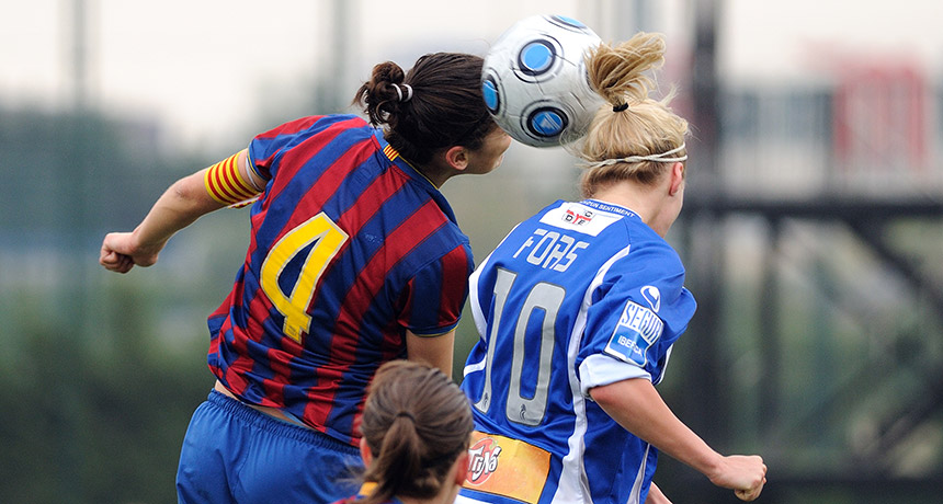 Soccer headers may hurt women's brains more than men's