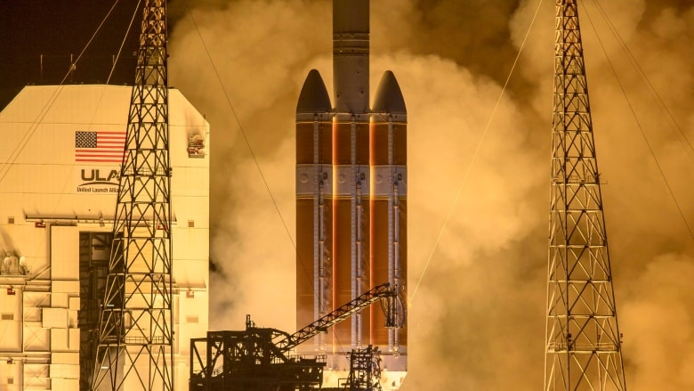 NASA spacecraft rockets toward sun for closest look yet | CBC News