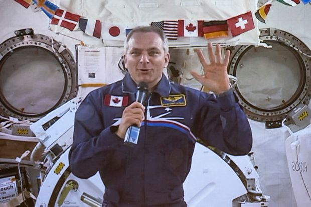 Astronaut David Saint-Jacques returns to Earth, sets Canadian space record – The Globe and Mail